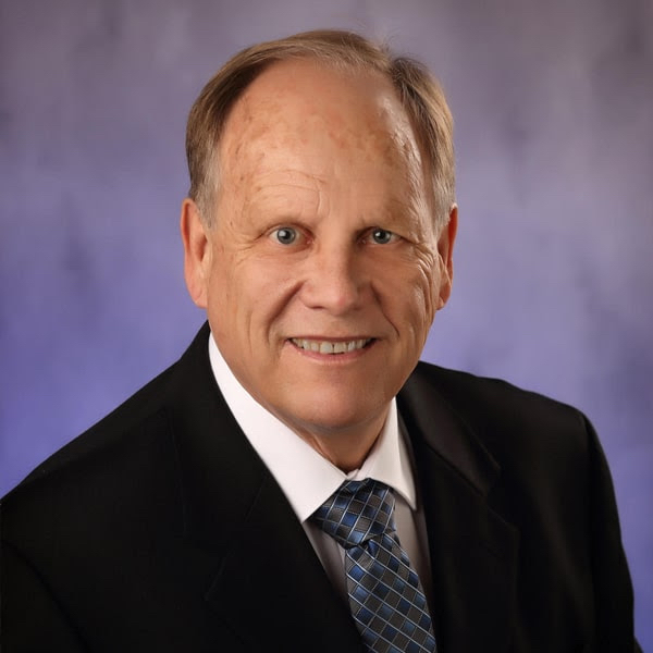 Meet Dr. Peterson - Naperville Dentist Cosmetic and Family Dentistry